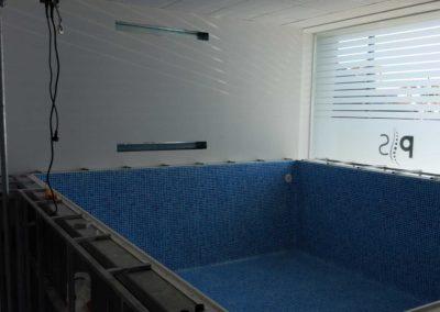 Μικρές πισίνες-πισίνα θεραπευτηρίου υπό κατασκευή